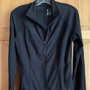 Women's M Zip Up Jacket by Mondetta in Black
